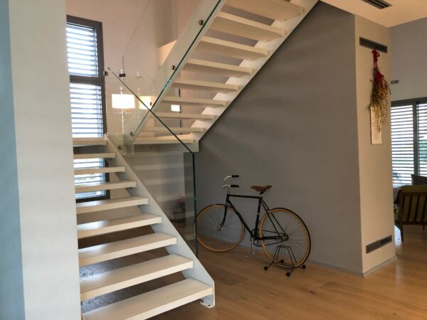 Home interior stairs design by Cast Stairs - Link Infinity painted